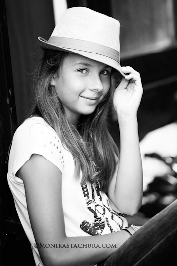 Girl in hat / Monika Stachura Photography